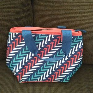 Igloo lunch bag insulation red blue white